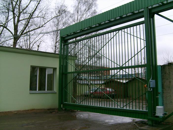 промышленные откатные ворота подвесного типа внутренние